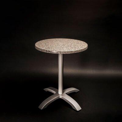 tavolo-cafè-evidenza-red-italy-arredamenti-per-esterno